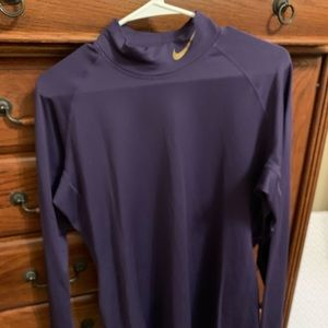 Women's Nike Pro Combat fitted tee. Size XL.